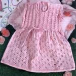 Ажурное вязаное розовое платье