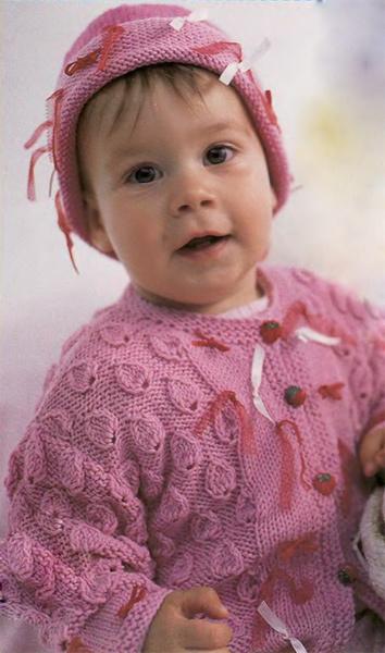 Розовый жакет с бантиками