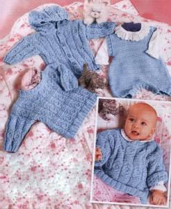 Пуловер, жакет с капюшоном и комбинезон