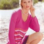 Мини-платье вязаное с закручивающейся нижней планкой