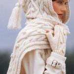 Вязаная шарфо-шапка