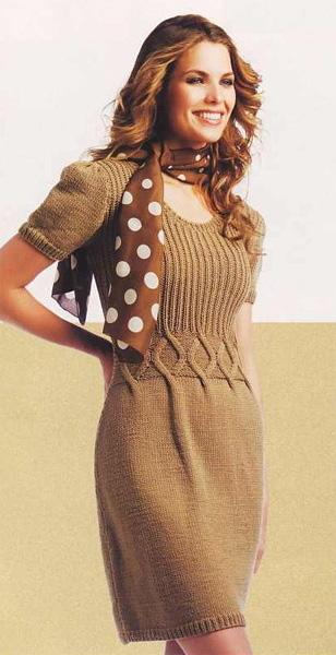 Вязание коричневое платье