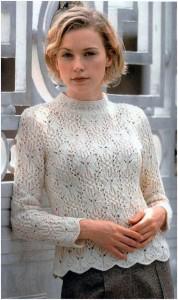 Белый пуловер с рисунком «бабочки»