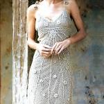 Ажурное вязаное платье крючком