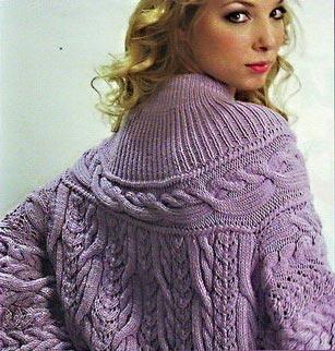 Вязаное пальто с кокеткой вязание