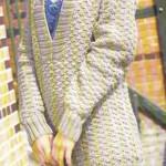 Вязаный пуловер с капюшоном и вязаная сумка