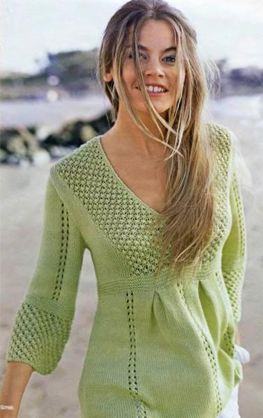 Вязаный пуловер в стиле ампир