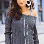 Ажурный пуловер с вырезом кармен