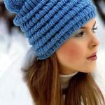 Вязаная теплая шапка с помпоном