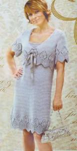 Серое платье с ажурной каймой и жакет