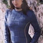 Элегантный вязаный пуловер из квадратов