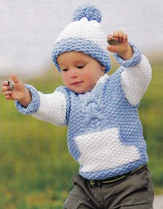 Вязаный джемпер с карманом и шапочка
