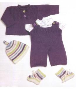 Сиреневый комплект с шапочкой u носочками
