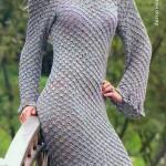 Оригинальное вязаное вечернее платье с косой линией низа