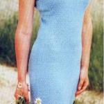 Нарядное голубое вязаное платье