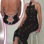 Интригующее черное вязаное платье на шнуровке