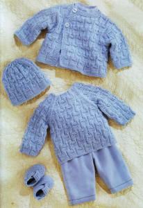 Жакет, шапочка, джемпер, пинетки для новорожденного