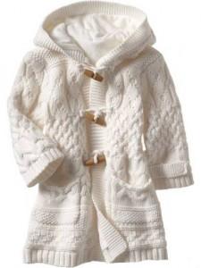 Деское вязаное пальто