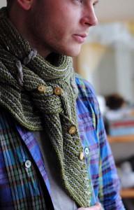 Мужской вязаный шарф-платок