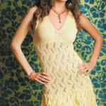 Летнее ажурное вязаное лимонного цвета платье