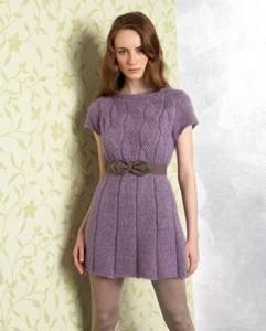 Платье с кокеткой резинкой и косами