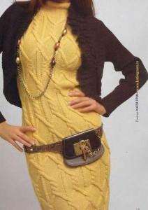 Желтое платье со жгутами