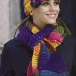 Разноцетный комплект шапочка и шарфик