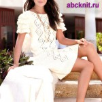Летнее ажурное вязаное платье с каскадом рюшей