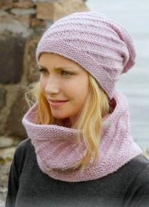 Вязаный шарф и шапка от DROPS